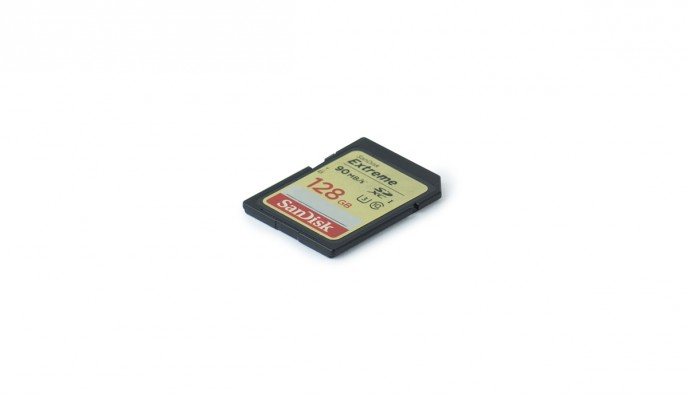 SD Card 128GB // 90MB/s // SDXC-I C10 U3