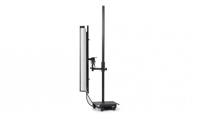 Strip Medium 120V with Barn Door and Easy Stand