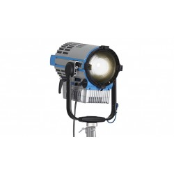 L7-C LED Fresnel Hybrid Color & White 2.8-10K with 4-Leaf Barndoor
