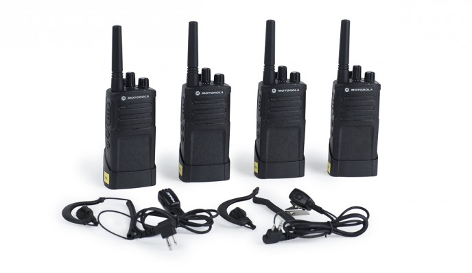 Set of 4 Walkie Talkies Motorola XT420